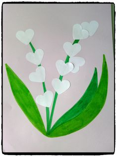 Sprigs of lily of the valley for May Spring Toddler Crafts, Summer Crafts, Art Floral, Diy For Kids, Crafts For Kids, 1. Mai, Paper Roll Crafts, School Art Projects, Lily Of The Valley