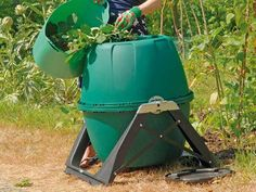 This compost tumbler is a polypropylene composting barrel in a frame with a handle, it has a symmetrical design which makes this compost bin very easy to use. The composter and it's contents can be accessed from either end. Compost tumblers produce compost faster, it's tumbling action accelerates the composting process and compost is usually available in 6-8 weeks.  #compost #raised bed #allotment #gardenersofinstagram #montydon #gardener #gardenersworld #organic #gardening  #composter