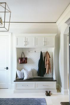 Rustic Mudroom Built In Bench - Design photos, ideas and inspiration. Amazing gallery of interior design and decorating ideas of Rustic Mudroom Built In Bench in laundry/mudrooms by elite interior designers. Apartment Entryway, Entryway Decor, Entryway Ideas, Entry Foyer, Entryway Storage, Small Mudroom Ideas, Organized Entryway, Entryway Bench, Front Entry
