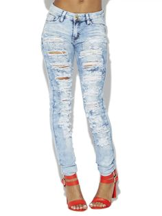 Light Wash Destroyed Skinny Jeans | Arden B.