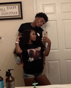 bad relationships,long relationships,relationships problems,new relationships Black Relationship Goals, Couple Goals Relationships, Relationship Goals Pictures, Couple Relationship, Marriage Goals, Cute Black Couples, Black Couples Goals, Cute Couples Goals, Black Couples Tumblr