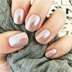▷ 1001 + ideas for the perfect manicure with gel nails glitter - Nageldesign - Nail Art - Nagellack - Nail Polish - Nailart - Nails How To Do Nails, Fun Nails, Mettalic Nails, Crome Nails, Nagellack Trends, Wedding Nails Design, Nails For Wedding, Wedding Nails For Bride Natural, Bridal Nails