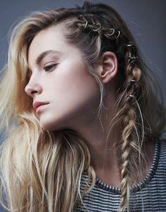 16 bohemiska hårsmycken att testa i sommar