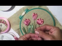 Wonderful Ribbon Embroidery Flowers by Hand Ideas. Enchanting Ribbon Embroidery Flowers by Hand Ideas. Embroidery Stitches Tutorial, Flower Embroidery Designs, Silk Ribbon Embroidery, Hand Embroidery Patterns, Satin Ribbon Roses, Ribbon Art, Fabric Flowers, Tambour, Satin Ribbon Flowers