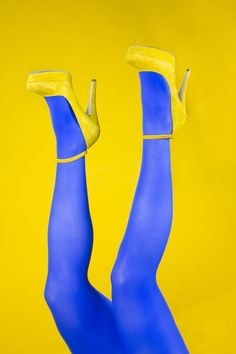 "emilywatersphoto: "" Another outtake, I love this one. The relationship between blue and yellow is so nice. Shoes are Aldo Model: Elizabeth Gaston Photographer: Emily Waters "" Mellow Yellow, Blue Yellow, Red And Blue, Color Blue, Orange, Color Naranja, Himmelblau, Monochrom, Shoe Art"