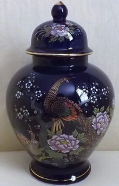 Vintage Cobalt Blue Japanese Ginger Jar with Peacocks & Chrysanthemums Motif Japanese Ginger, Japanese Love, Chrysanthemums, Ginger Jars, Porcelain Ceramics, Peacocks, Cobalt Blue, Folk Art, Vietnam