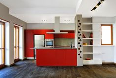 House decor 65 ideas of accents and details in red # kitchen … – Modern Bedroom Decoration Modern Bedroom Decor, Apartment Renovation, Farmhouse Style Kitchen, Eclectic Kitchen, Custom Home Designs, Modern Apartment, Red Kitchen, Beautiful Kitchens, Industrial Style Kitchen