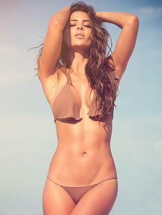 Teennage girls nude hot bathing photos