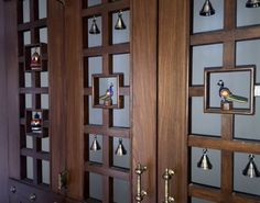 Here are some beautiful pooja room door designs for you. Choose any pooja room door designs from our collection and get it installed in your pooja room. Wood Design, Modern Design, Glass Design, Design Design, Bell Design, Design Room, Graphic Design, Temple Room, Mandir Design