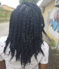 Chunky twists😍⁣ ⠀⠀⠀⠀⠀⠀⠀⠀⠀⁣ Love these nice and neat twists by @love_hair_by_jamelia❤️ So pretty👌🏾⁣ Black Kids Hairstyles, Kid Hairstyles, Little Girl Hairstyles, Easy Braid Styles, Chunky Twists, Black Little Girls, Toddler Hair, Love Hair, Hair And Nails