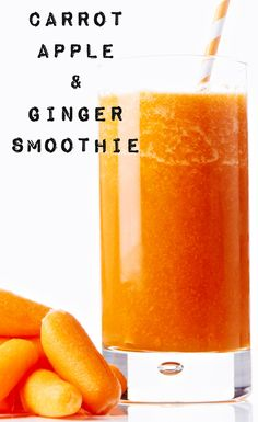This healthy Carrot, Apple and Ginger Smoothie is a great way to start the day! #BiteMeMore #recipes