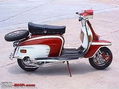Lambretta scooter lovers here ? Retro Scooter, Lambretta Scooter, Scooter Motorcycle, Motorcycle News, Vespa Scooters, Scooter 50cc, Ducati, Scooter Images, Mopeds For Sale