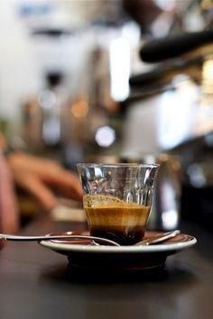 Espresso - Cacao or Cappuccino I Love Coffee, Coffee Break, Coffee Shop, Coffee Lovers, Black Coffee, Morning Coffee, Coffee Maker, Cocoa, Coffee Drinks