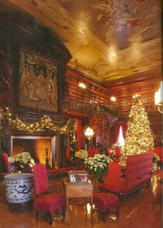 Oh! So beautiful! Christmas at the Biltmore House, North Carolina.