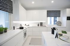 Black and white kitchen. Marimekko