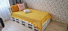 HI! Today i will show you how to make simple bed frame from standard EUR pallets (120 cm x 80 cm) for a 100 cm x 200 cm bed. It took me about 4-5 hours to complete, designing as we went. Wood Slats, Wood Pallets, Pallet Wood, Wallpaper Headboard, Farmhouse Bedroom Set, Old Bed Frames, Faux Fireplace Mantels, Simple Bed Frame, Guest Bedroom Decor