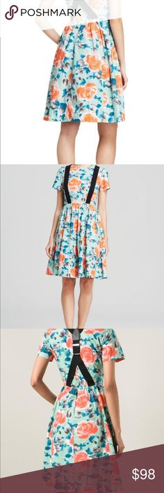 Marc by Marc jacobs Jerrie rose suspender dress Marc by Marc jacobs Jerrie rose poplin suspender dress pale kade multi flower size 10.  Don't let this fashionista dress to go, is very hard to find, dress with style and The Moda. Marc By Marc Jacobs Dresses Midi