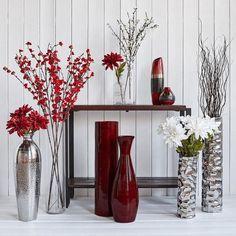 20 Classy Red Floor Vase Design To Fill Empty Space - Glass Floor Vase, Floor Vase Decor, Tall Floor Vases, Home Decor Vases, Clear Glass Vases, Diy Home Decor, Decorating Vases, Decorating Ideas, Decor Ideas