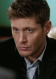 Jensen Ackles Family, Jensen Ackles Supernatural, Jared And Jensen, Supernatural Fandom, Daneel Ackles, Jensen Ackles Jared Padalecki, Dean Winchester Gif, Winchester Boys, Benedict Sherlock