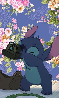Cute Wallpaper iPhone Disney Stitch for Your iPhone - SalmaPic Disney Stitch, Lilo Y Stitch, Cute Stitch, Cute Wallpaper Backgrounds, Wallpaper Iphone Cute, Cute Wallpapers, Wallpaper Wallpapers, Iphone Wallpapers, Disney Phone Wallpaper