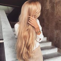 Which Treatment Is Best For Damaged Hair? - http://www.liferetreat.co.za/treatment-best-damaged-hair/ When it comes to Winter in South Africa, our skin and hair suffers the most in the dry cold air. Don't you hate it when your hair gets brittle and fizzes up when the air is damp? Here is something that works great for damaged hair;    Is your hair dry and brittle? Frizzy? Unmanageable?... Life Retreat | South Africa