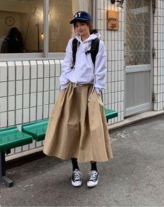 127 trendy fashion autumn korean ulzzang ideas – page 1 Cute Fashion, Trendy Fashion, Korean Fashion, Fashion Outfits, Fashion Trends, Fashion Fashion, Street Fashion, Long Skirt Fashion, Long Skirt Outfits