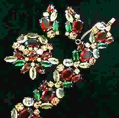 Elsa Schiaparelli Citrine, Emerald and Topaz Bracelet, Brooch & Earrings Set