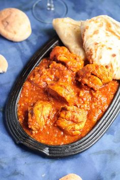 Chicken Vindaloo,the sweet,sour and mild hot Indian curry dish,very popular in Goa.this delicious curry goes well with rice or nan