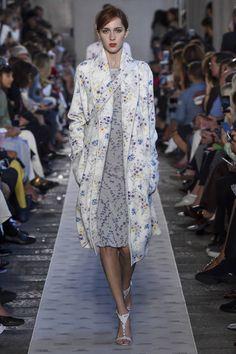 Max Mara Spring Summer 2018 Ready To Wear. Milan Fashion WeeksFashion ... 61d9d232982