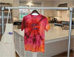 Create a big circle tie-dye t-shirt with Rit Dye.