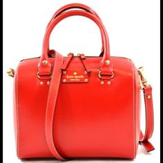 Authentic Kate Spade red handbag In Very good condition! Final price ‼️ kate spade Bags