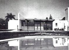 unavidamoderna:  Detalle de la fachada posterior, Casa particular, Cuernavaca, Morelos, México 1965Arq. Benjamín Méndez SavageDetail of the rear facade of a house in Cuernavaca, Morelos, Mexico 1965