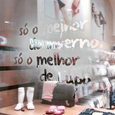 Adesivo transparente em serigrafia. #aNeopressFaz . Veja mais em www.neopress.com.br
