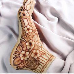 Khafif Mehndi Design, Rose Mehndi Designs, Basic Mehndi Designs, Mehndi Designs Feet, Latest Bridal Mehndi Designs, Henna Art Designs, Mehndi Designs 2018, Mehndi Designs For Girls, Mehndi Design Photos