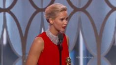 Golden Globes 2016: Katy Perry so shocked by hair Bump It she...