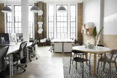 Dots office that combines American office with Scandinavian home / designer Sheena Murphy of Sheep & Stone