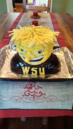 Wu-Shock made of rice crispies and fondant.