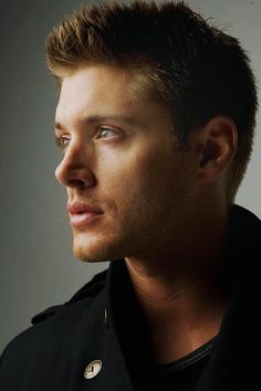 Jensen Ackles - WOW!!