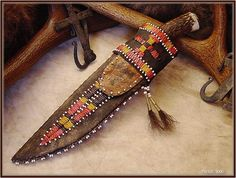 Building a frontier sheath - beginning to end - The Knife Network Forums : Knife Making Discussions Indian Beadwork, Native Beadwork, Powder Horn, Handmade Knives, Handmade Bracelets, Knife Sheath, American Indian Art, Native American Beading, Custom Leather