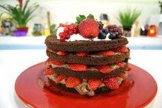 Receitas - Bolo Estrogonofe de Chocolate com Morangos - Daniel Bork - Petiscos.com