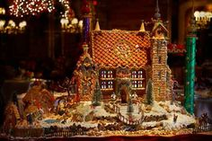 gingerbread houses pictures | My Colorful Life: AMEZING gingerbread house