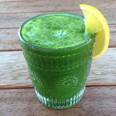 Raw till 4 juice idea.Green, the color of energy, vitality and life! Nothing will improve your health more than including fresh green vegetables with every meal. Always buy organic when possible (or grow your own) as non organic greens tend to be heavily sprayed with pesticides Green juice 6 large celery stalks (leaves included) 2 large green pears 1 inch of ginger 1 lemon. 801010 raw till four cold pressed