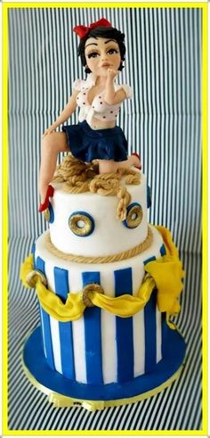 Pin Up Cake