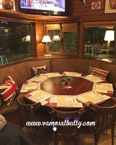 Conoces la nueva mesa circular para 10 personas del www.vamosalbully.com? Ya tienes el lugar perfecto para la comida o cena de amig@s de esta Semana Santa en #Donostia #SanSebastian Reservas en el tel. 943 21 42 87 Abrimos Sábado Domingo y Lunes.