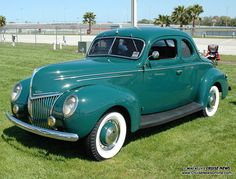 1939 Ford Deluxe Coupe. Fitted with rear dicky seat.