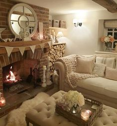 Country Cottage Living Room, Cottage Lounge, New Living Room, Living Room Decor, Cosy Home Decor, Cosy Lounge, Cosy Room, Country Interior, Cottage Interiors