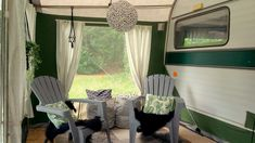 Aven'toF' - Caravanity | happy campers lifestyle Caravan Makeover, Rv Makeover, Caravan Decor, Dreams Do Come True, Happy Campers, Van Life, Camping, Lifestyle, Tiny Houses