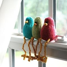 Itty Bitty Birdies (Plain and Fancy) - PDF Knitting Pattern Set one day someone will have to make me some of these