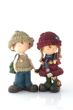 GRS says:  I love these little couple dolls.  Good to have them for your Feng Shui needs