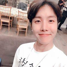 Romance, Kpop, Jung Hoseok, Most Beautiful Pictures, In The Heights, Boyfriend, Instagram Posts, Sunshine, Bts Stuff